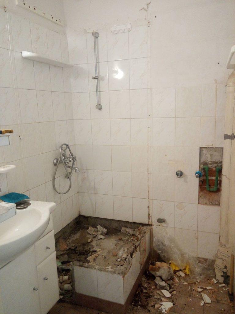 po demontażu prysznica